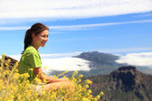 Hiking woman enjoying view — Stock Photo