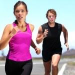 Runners - couple running — Stock Photo