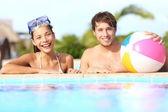 Pareja de vacaciones de verano — Foto de Stock