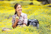 Hiking girl in spring — Stock fotografie