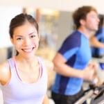 Fitness portrait in gym — Stock Photo