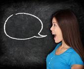 Konuşma balonu kadın öğrenci yazı tahtası — Stok fotoğraf