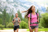 Hiking - happy hikers in Yosemite mountains — Stock Photo
