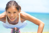 Sport fitness woman training push-ups — Stock Photo