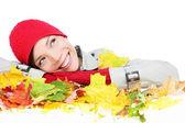 падение женщина счастлива с красочные осенние листья — Стоковое фото