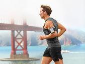Running man - male runner in San Francisco — Stock Photo