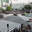 People walking Shibuya crossing, Tokyo — Stock Video