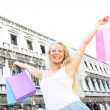 Shopping woman happy holding shopping bags, Venice — Stock Photo