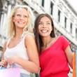 Shopping girls - women shoppers with bags, Venice — Stock Photo