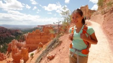 Hiker woman in Bryce Canyon hiking — Stock Video #33041767