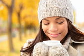 Fall woman drinking coffee — Stock Photo