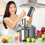 Vegetable juice raw food - healthy juicer woman — Stock Photo #40836575