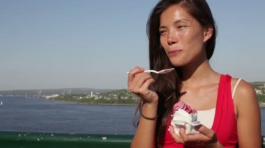Woman eating Ice cream in Quebec City — Stock Video