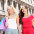 Shopping girls - two women shoppers in Venice — Stock Photo
