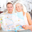 Travel banner, couple reading map in Venice, Italy — Stock Photo