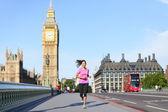 London lifestyle woman running near Big Ben — Stock Photo