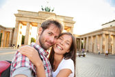 Happy couple selfie, Brandenburg Gate — Stock Photo