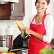 Kitchen woman cooking — Stockfoto