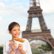 Paris woman and Eiffel Tower — Stock Photo #21562541