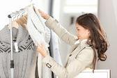 Woman shopping clothes — Stockfoto