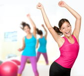 Zumba fitness danslektion — Stockfoto