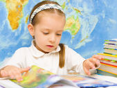 Child is reading in preschool — Foto de Stock