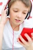 Bambino ascoltando la musica — Foto Stock
