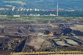 поверхности шахты добыча бурого угля — Стоковое фото