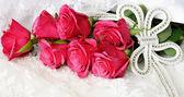 Roses and wedding decoration — Stock Photo