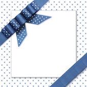 Лук на фоне синий и белый — Стоковое фото