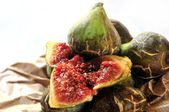 Fig Ingredients for cooking a delicious kitchen elaboration meal — Stock Photo