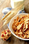 Cornflakes for breakfast time — Stock Photo