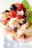 Frutas frescas de sobremesa — Foto Stock