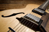 Vintage electric guitar — Stock Photo