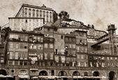 Staré a ve věku fotografování porto, Portugalsko — Stock fotografie