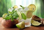 Glass of mojito cocktail w — Stock Photo