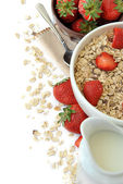 Bowl of cereal with milk and strawberries  — Stock Photo