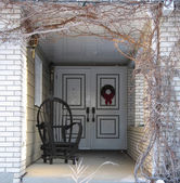 Rocking Chair At front Entrance — Stockfoto