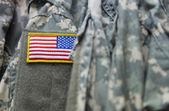 Amerikan bayrağı yama üzerinde askeri üniforma — Stok fotoğraf
