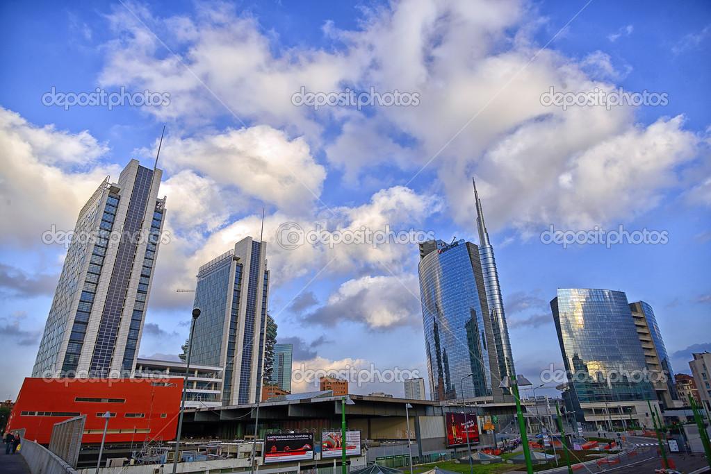 Milano italia porta nuova nuovi grattacieli edificio for Nuovi piani domestici di new orleans