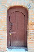 Gamla låst dörr — Stockfoto