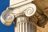 Ionische kolom — Stockfoto