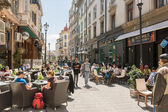 People Relax In Downtown Bucharest City — Stock Photo