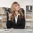 Businesswoman having a bright idea — Foto Stock
