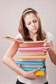 Dospívající dívka s knihami — Stock fotografie