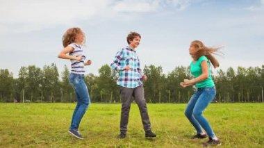 Teenagers having fun — Stock Video