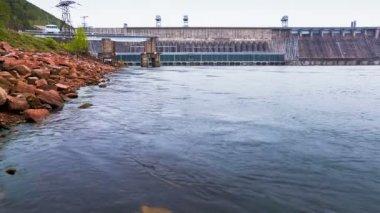 Central hidroeléctrica — Vídeo Stock