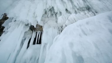 Icicle (Stalactite) Hanging — Stock Video