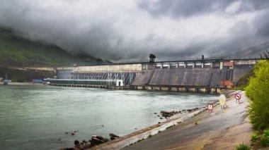 Hidroelektrik santrali — Stok video