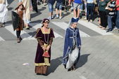 People in medieval costumes, historical re-enactment — Stock Photo